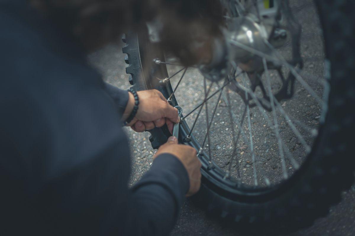 Pravidelná kontrola stavu bicykla predlžuje jeho životnosť.