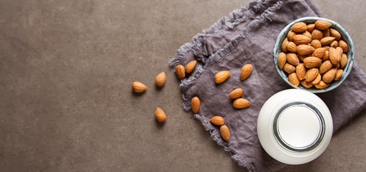 Vyhýbate sa laktóze? Vyrobte si domáce rastlinné (ne)mlieka