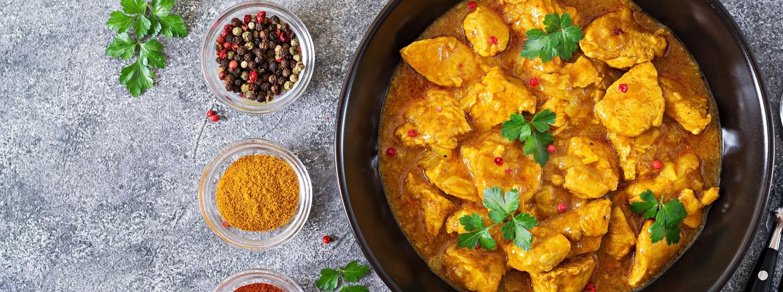 Recept: Indické kuracie kari so škoricou a paradajkami