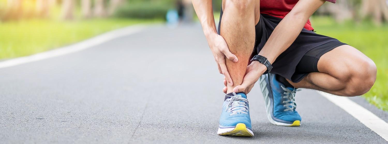 Syndróm holennej kosti alebo bolesť píšťaly pri behu - čo ju spôsobuje a ako jej predísť?