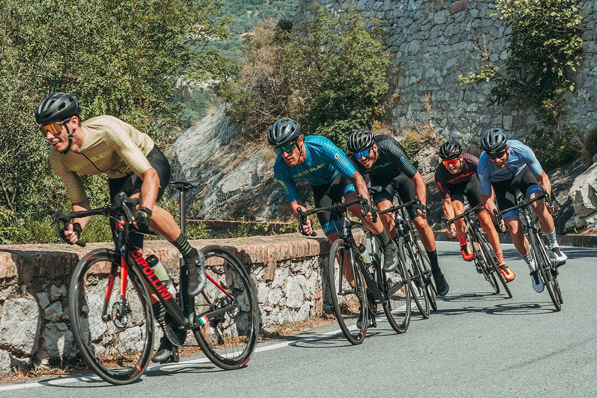 cykl-jazda v skupine