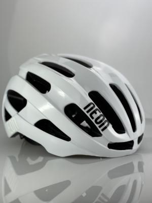 Silniční helma VENT White-Black